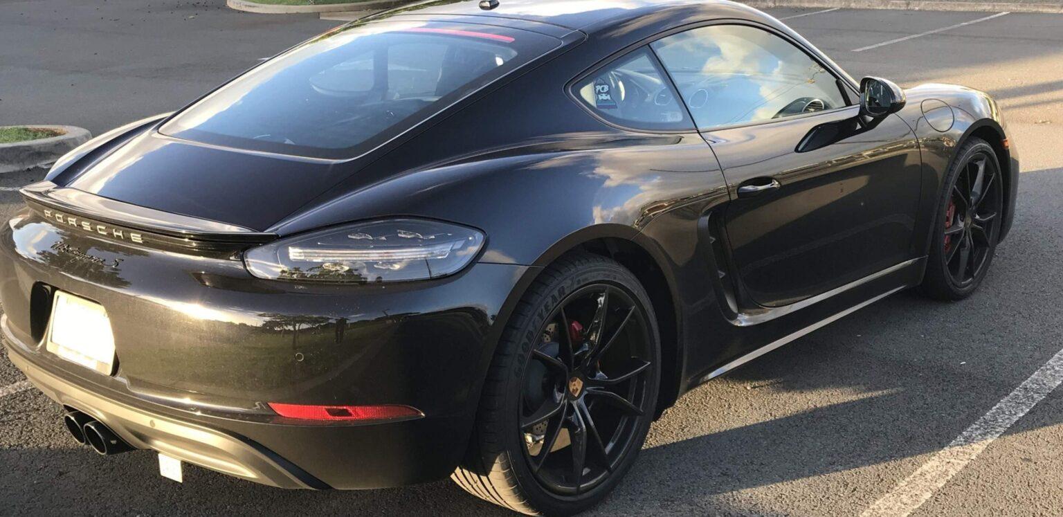 Porsche 718 2019 CAYMAN S back side